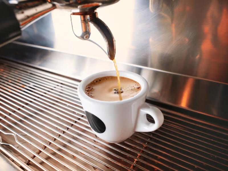 Érdemes még őrölt kávét venni?